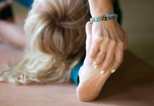Asane krepijo gibljivost, moč, držo, zavedanje telesa, psihično in telesno zdravje